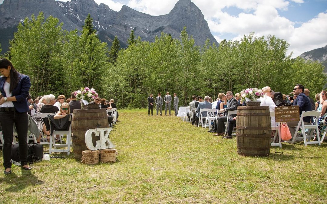 "Say ""I Do"" Surrounded By Nature With Cornerstone Weddings"