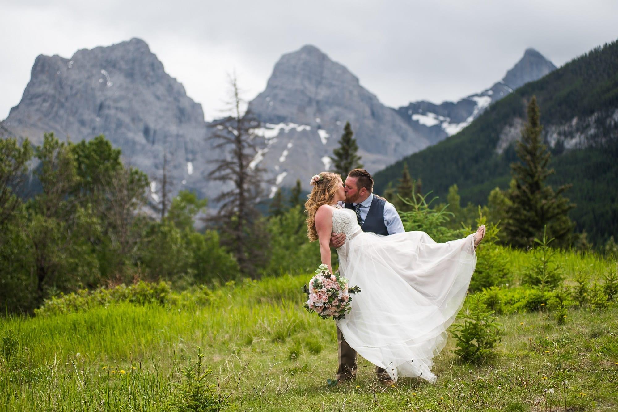 wedding planning alberta